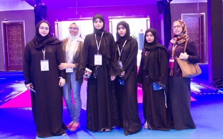 Ajman University students visit Dubai exhibit