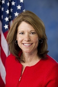 Reps. Davis, Bustos to participate in bipartisan trade mission to Cuba.
