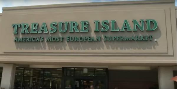 Large treasure island store