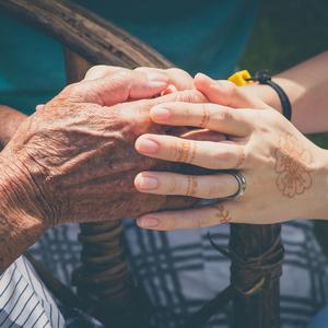Medium elderlyhands