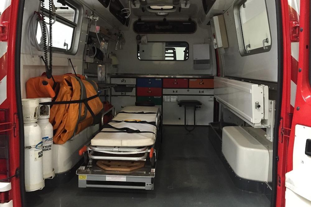 Ambulance(1000)