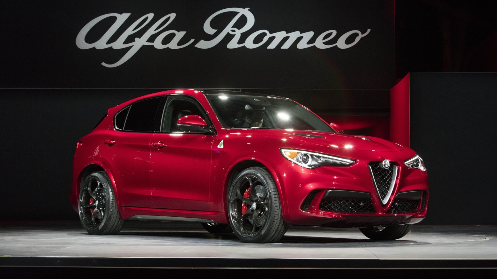 If you want to see the 2018 Stelvio Quadrifoglio in person, visit Findlay Fiat.