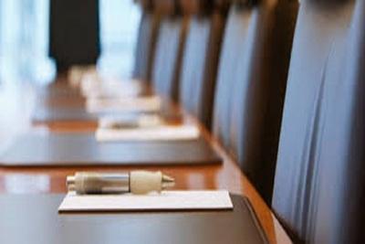 Medium meetingtable