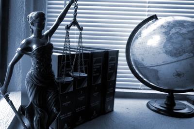 Medium lady justice 2388500 1920
