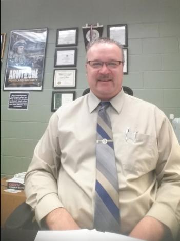 Beardstown Community Unit School District #15 Superintendent Ron Gilbert