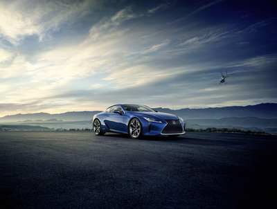 Aerodynamic lines and organic curves define the LC 500.