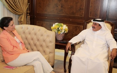 U.S. ambassador to Qatar meets with minister of transport and communications