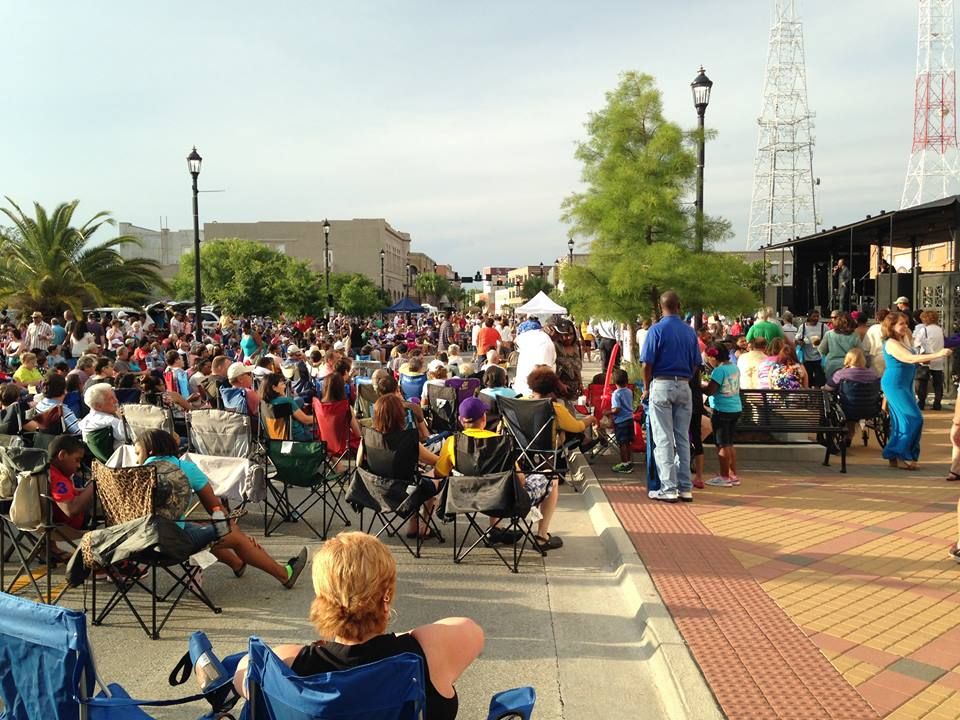 The Downtown at Sundown Concert series is family friend and a great way to enjoy live music and great food.