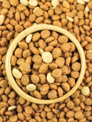 Pet Food Makers Sued Over Allegedly Mislabeling Products