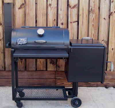 The Model 1628 barbecue pit is the smallest smoker that Tejas manufactures and sells.