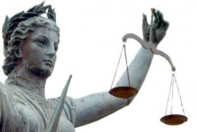 Medium lady justice