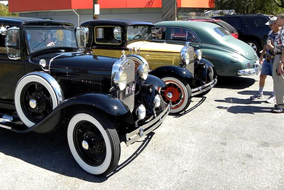 Members of the Lakeway Classic Car Club have been customers at the burger joint for years.
