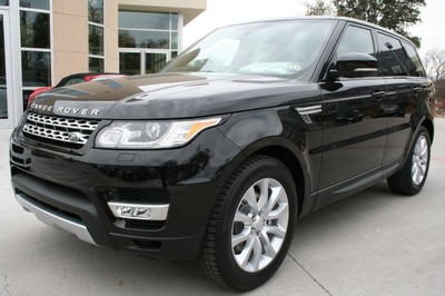 The Land Rover Sport is full of features designed to make your commute both comfortable and safe.