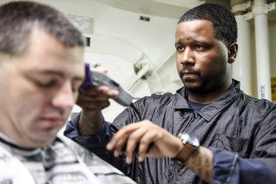 Medium barber