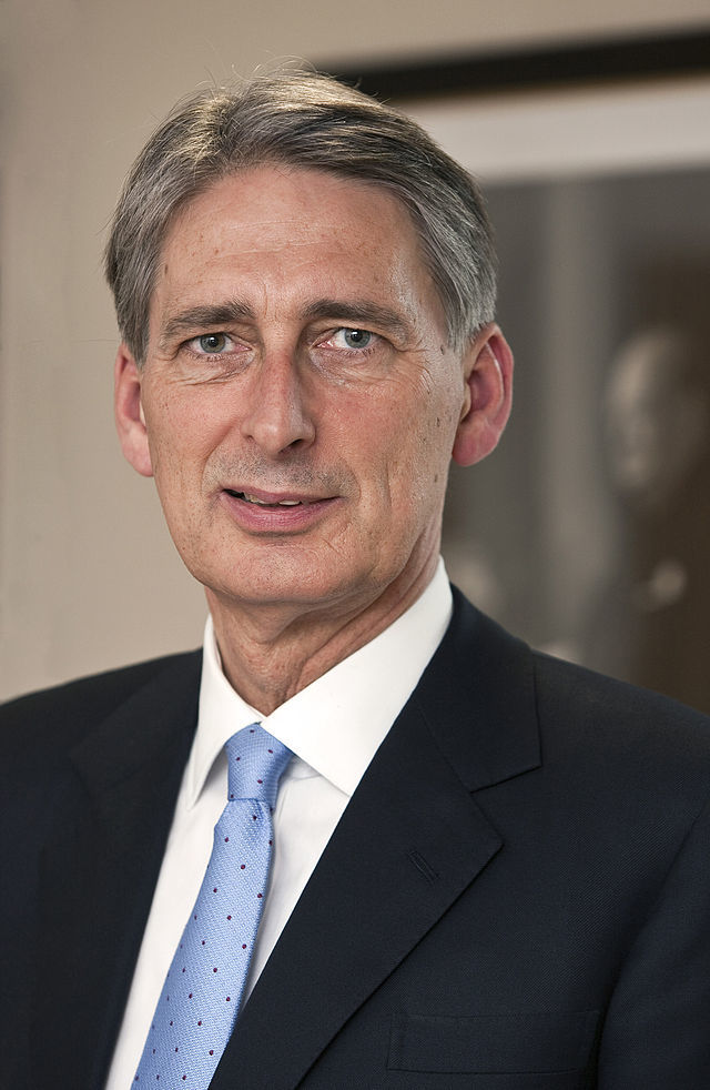 British Foreign Secretary Philip Hammond has called on the international community to probe an alleged chlorine gas attack in Syria earlier this month.