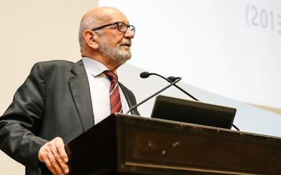 Ajman University hosts alumni meeting for electrical engineering department
