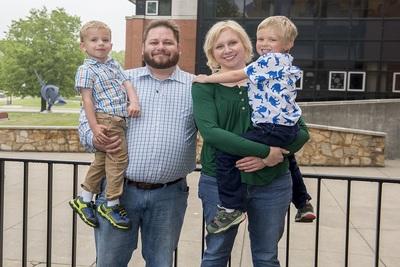 Medium shankle family