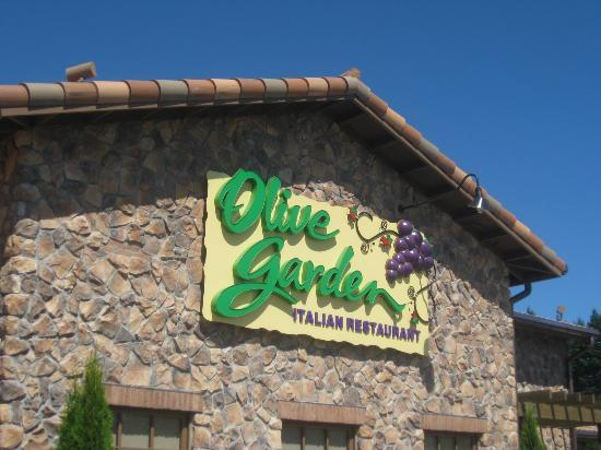 Olive Garden Sued By Customer Who Allegedly Injured Pinkie Finger In Fall Out Of Rolling Chair