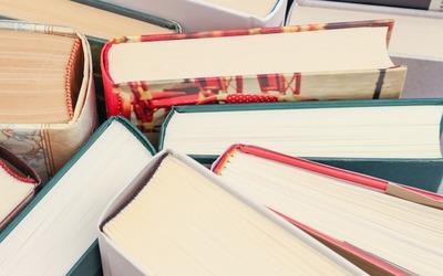 Medium books