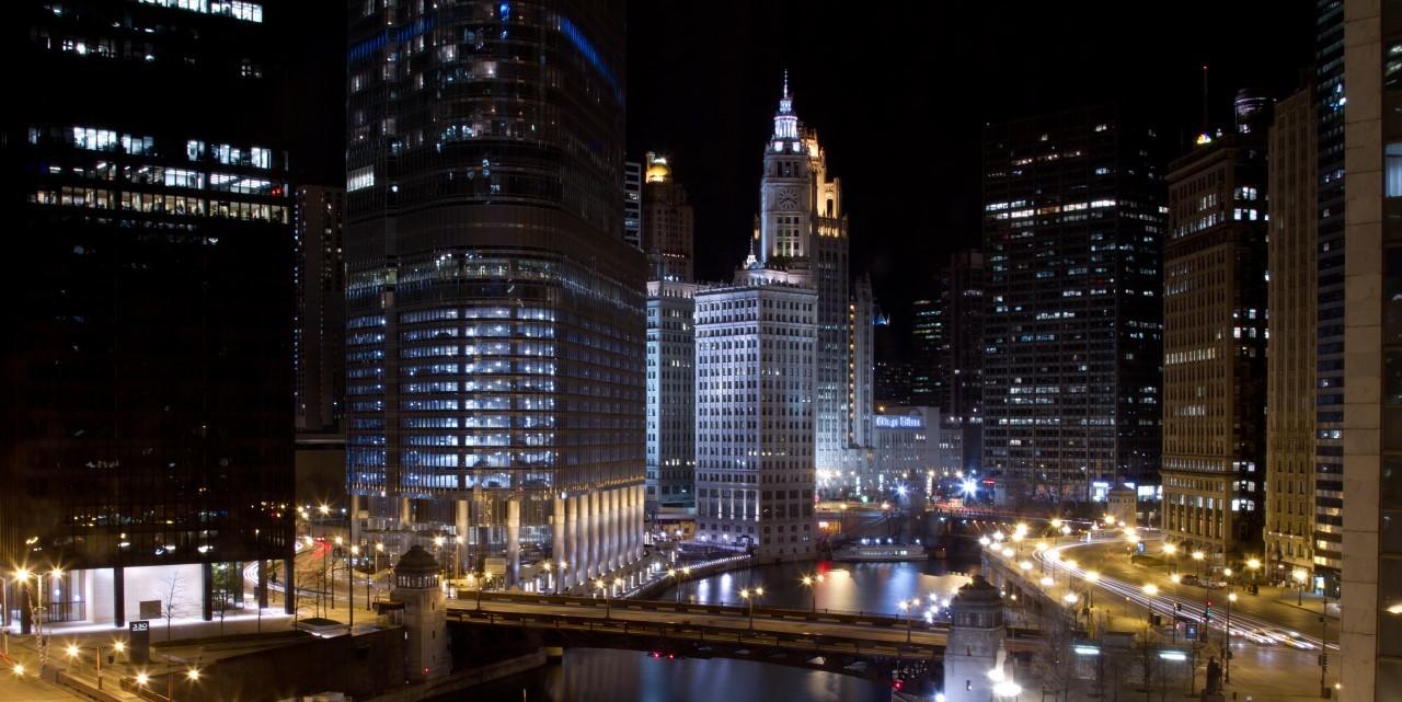 Wyndham grand chicago river