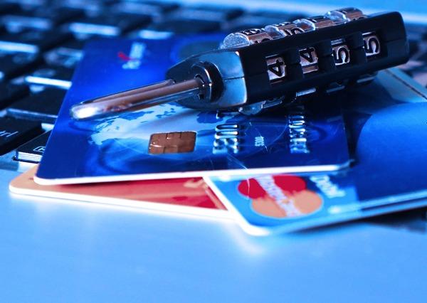 Large credit card 1591492 1920