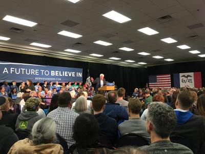 Medium bernie sanders feel the bern iowa politician 47031 1