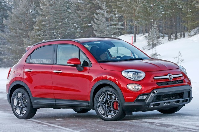 The FIAT 500X also has optional heated seats and a heated steering wheel that automatically activates if the interior is below 40 degrees Fahrenheit.