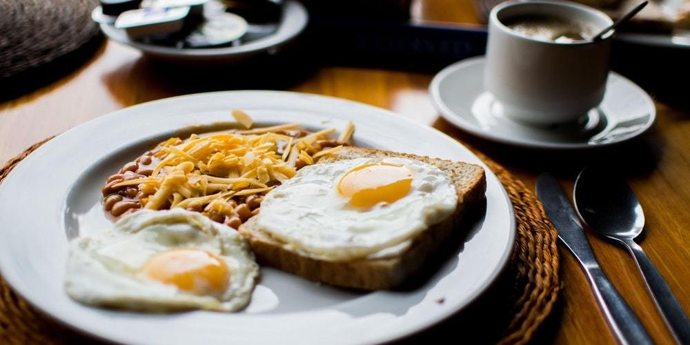 For those who don't like waking up early and rushing out at sunrise, there's always brunch.
