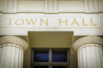Medium town hall
