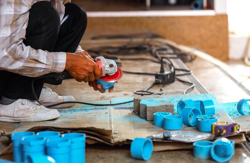 B&W Fiberglass creates fibers made from materials such as glass, basalt and thermoplastics.