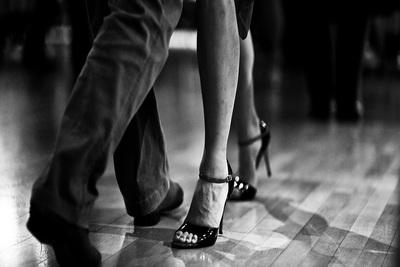 Medium dancing