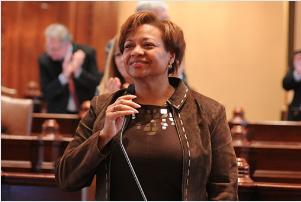 State Sen. Patricia Van Pelt (D-Chicago)