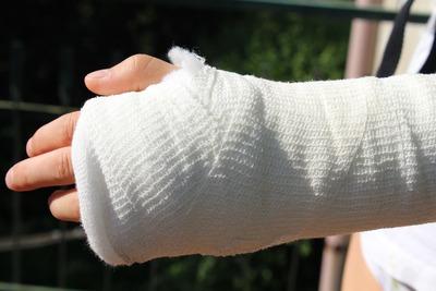 Medium armbroken