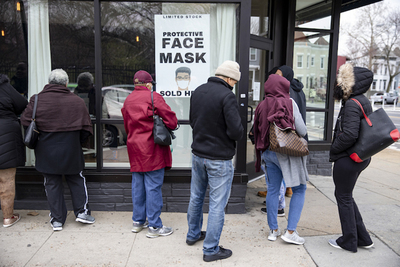 Medium gettyimages covid19 mask buying thumb 700x467 223162