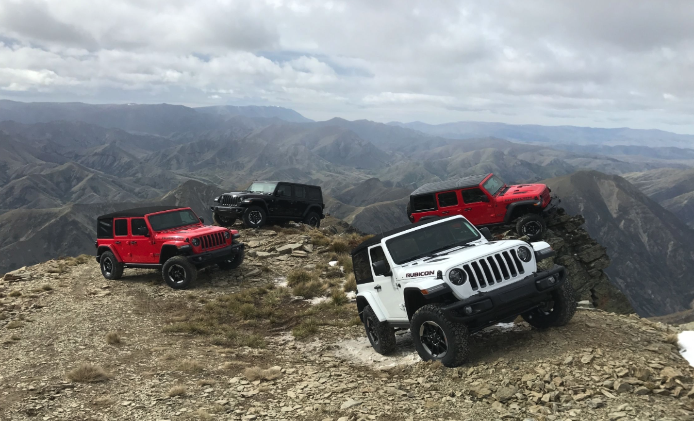 The 2018 Jeep JL has a convertible power top option for the first time.