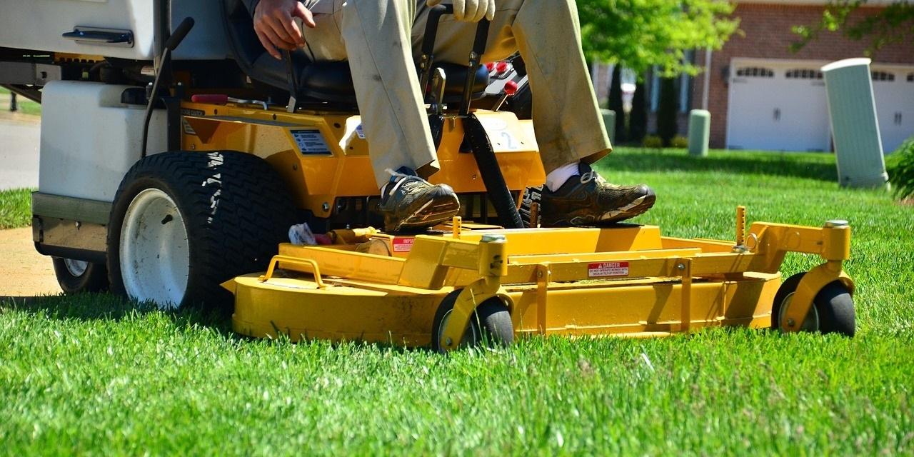 Lawn care 643559 1280