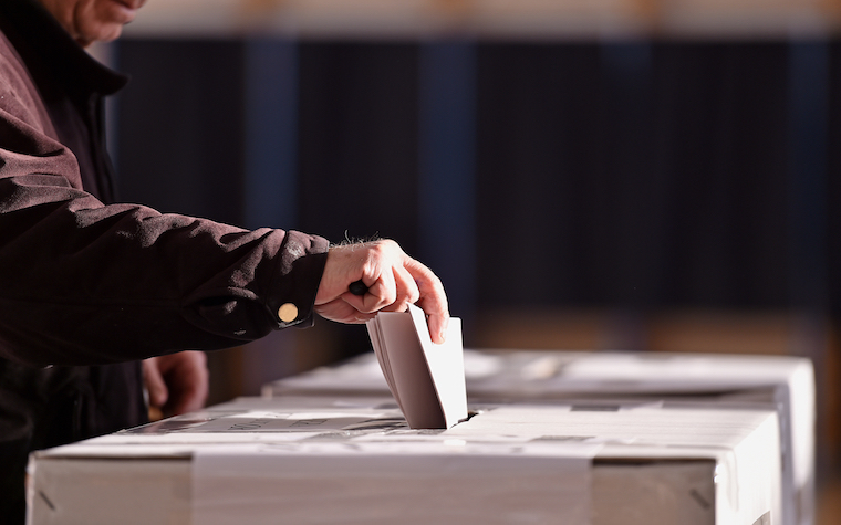 Many polling stations saw a one-hour increase in polling time.