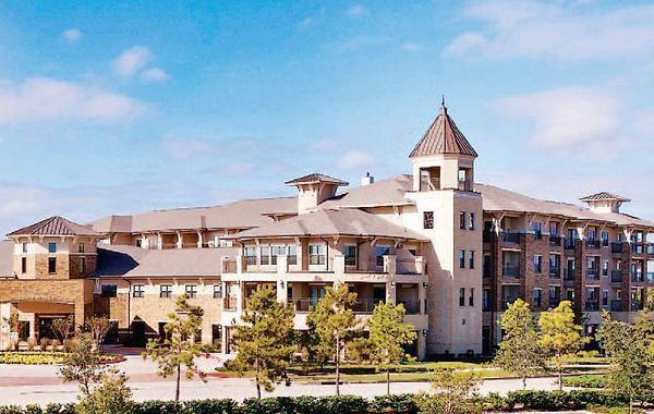 Year Round Benefits Abound At The Solana At Cinco Ranch