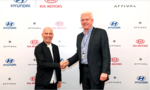 Arrival CEO Denis Sverdlov (left) and Hyundai President and Head of the Research and Development Division Albert Biermann signed a contract on Jan. 16 to seal their plan to jointly develop electric vehicles.