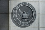 Attorneys for former investment adviser want full D.C. Circuit review of SEC decision
