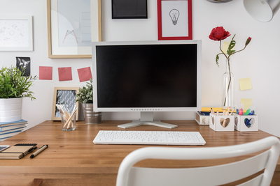 A few creative touches, pleasant surroundings and a bit of order can do wonders for a home office setup.