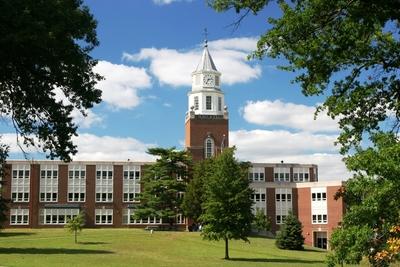 Medium shutterstock univ campus clocktwr