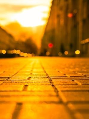 Large sidewalk dusk