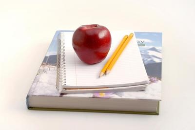 Medium schoolbooks 1000x667