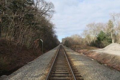 Medium railroad