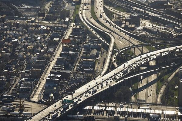 Randall Blankenhorn mentioned plans for the Eisenhower Expressway, Interstate 290.