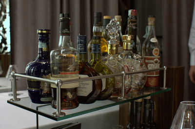 Bar carts certainly come in handy for entertaining needs.