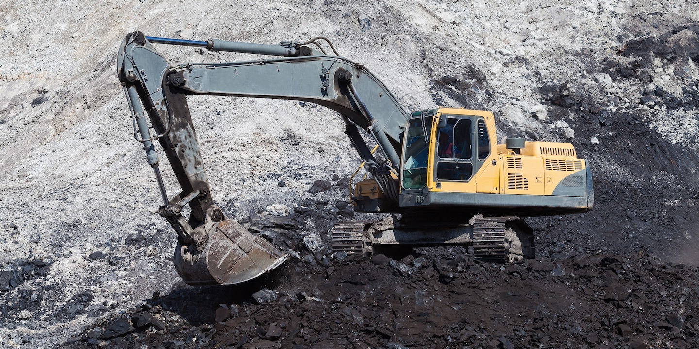 Coal company owned by governor sued for not paying settlement | West