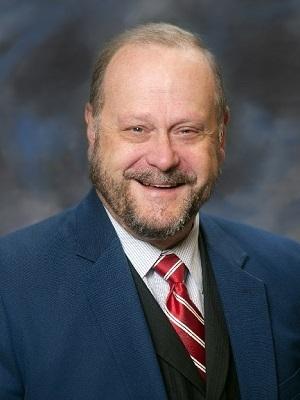 Lake County Board District 7 Representative Steve Carlson