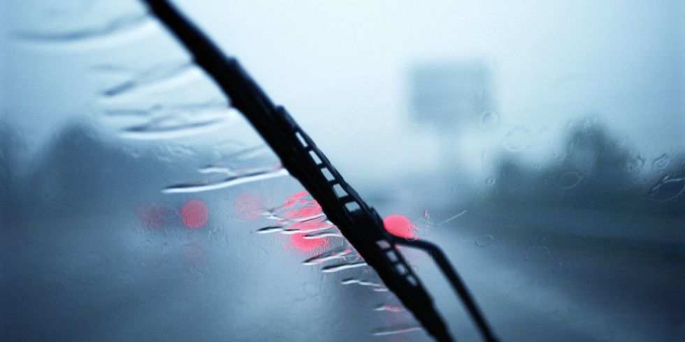 Windshield wipers should be able to wipe away any liquid in a single swipe.